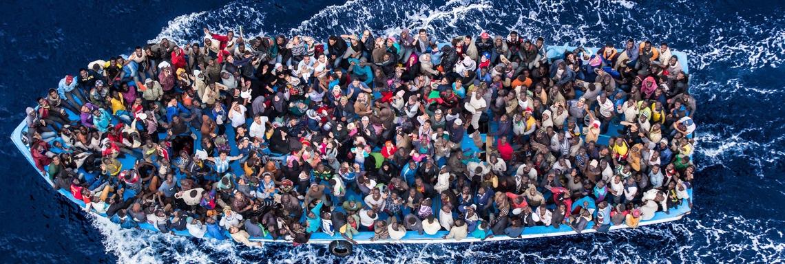 1140x384_fluechtlingsboot